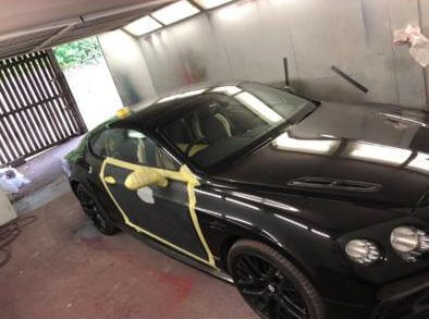 Black Paintwork on Bentley